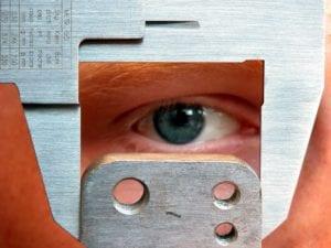 Blech Auge