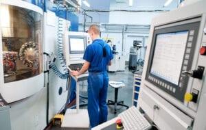 CNC Maschinenbediener